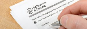 HMRC confirms last-minute tweak to incoming off-payroll rules